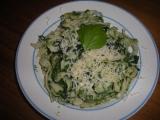 Těstoviny se špenátem recept