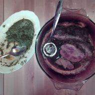 Velikonoční vepřová pečeně s jarním špenátem a mladými kopřivami