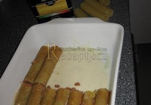 Cannelloni s boloňskou omáčkou a bešamelem