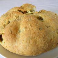 Rychlý domácí chléb s olivami recept