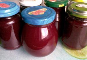 Višňový džem (marmeláda)