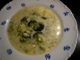 Brokolicová polévka se sýrem recept