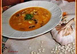 Fazolovo-žampionová polévka, zahuštěná paprikovou jíškou recept ...