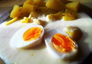 Křenová omáčka s vejcem