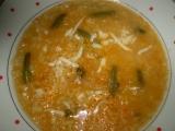 Polévka s rýží, fazolkama a nivou recept