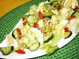 Ledový salát se zeleninou a vajíčkem recept