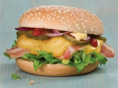 Klasický grilovaný hamburger