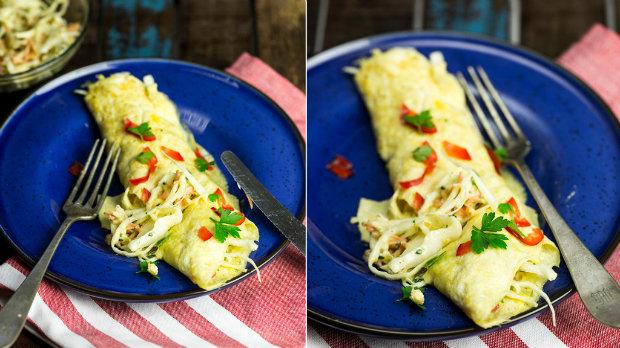 Omeleta plněná salátkem z bílého zelí s mangovým dipem | Prima ...