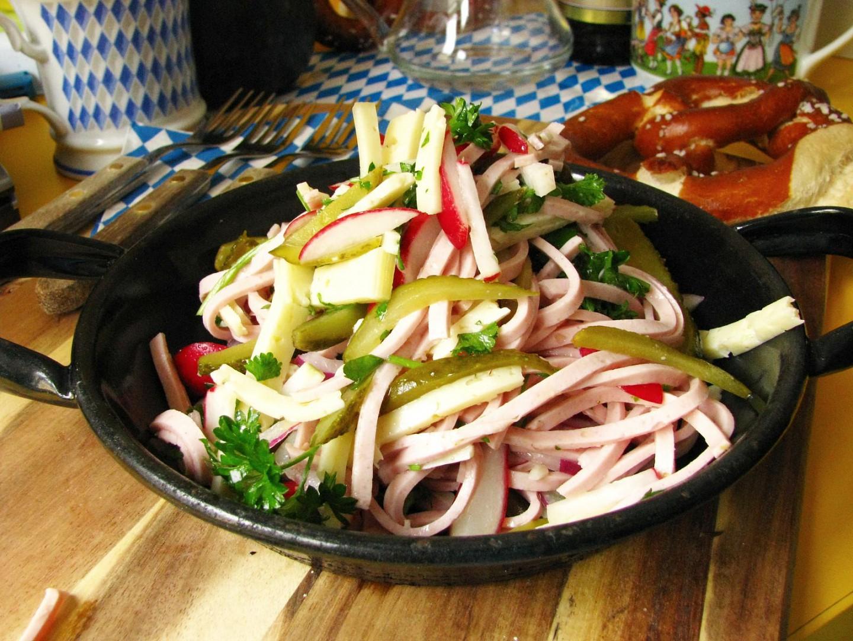 Bavorský wurstový salát recept