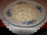 Těstoviny s kuřecím masem a nivou recept