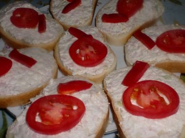 Pomazánka ze šunky a uzeného sýra