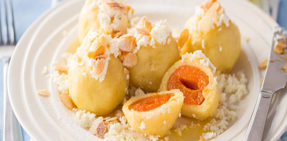 Meruňkové bramborové knedlíky