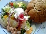 Zeleninový salát s tuňákem recept