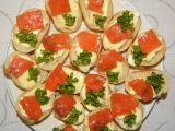 Jednohubky s lososem recept