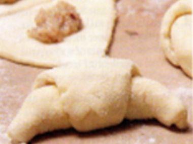 Ořechové rohlíčky podle p. Futterové (pro začátečníky)