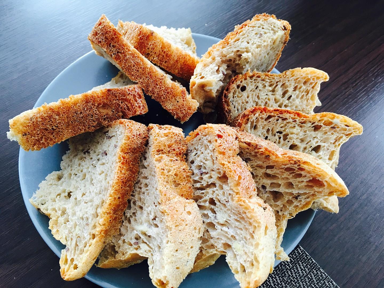Žitný chléb z domácí pekárny recept