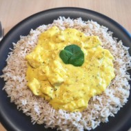 Mangová curry omáčka s kuřecími kousky recept