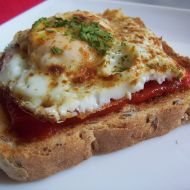Opečený toast s vejcem recept
