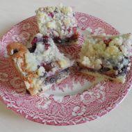 Švestkový koláč s makovou náplní recept