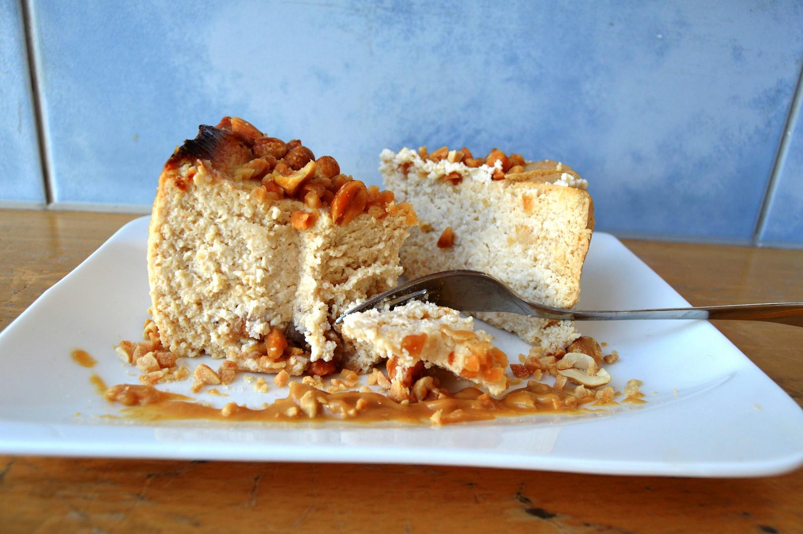 Bezlepkový cheesecake z arašídového másla recept