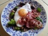 Teplý podzimní salát recept