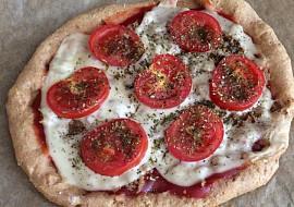 Pizza z tvarohového těsta recept