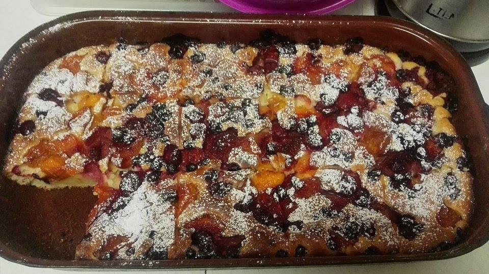 Hrnečková buchta s ovocem recept