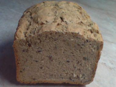 Pšenično  žitný chléb z domácí pekárny