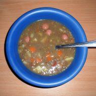 Čočková polévka s párkem recept
