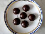 Čokoládové bonbony s brusinkami a višněmi recept