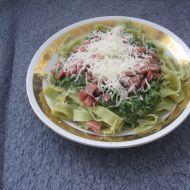 Zelené nudle se špenátem recept