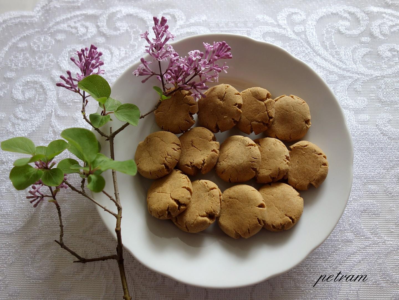 Gofio sušenky ze tří ingrediencí recept