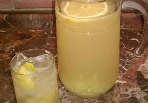Ginger Beer  zázvorová limonáda