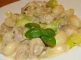 Gnocchi s kuřecím masem a zakysanou smetanou recept ...