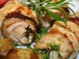 Rozmarné kuřecí roládky s tyrolskou šunkou a slaným sýrem recept ...