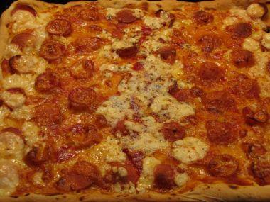 Česneková pizza