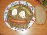 Čočka na kyselo s párkem a vajíčkem recept