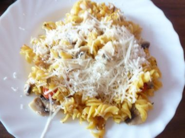 Těstoviny s mozzarellou