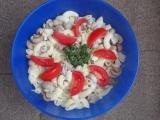 Těstovinový salát se žampióny recept