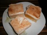 Pudinkovy koláč se zakysanou smetanou recept