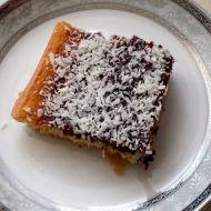 Dvoubarevný koláč s kokosem recept