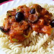 Těstoviny s rajčatovo-pórkovou omáčkou recept