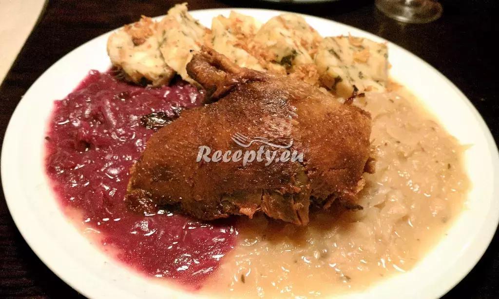 Pečená kachna na víně recept  drůbeží maso