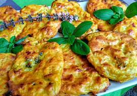 Květákové placičky pečené v čedarovém těstíčku recept ...