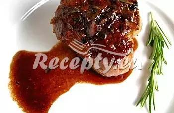 Biftek s bramborovými kuličkami recept  hovězí maso