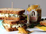 Sendvič s vejci a sýrem cottage recept