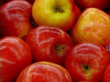 Jablka v župánku