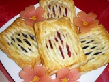 Listové mřížky s pudinkem a ovocem recept