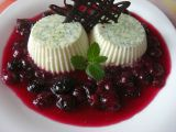 Limetková panna cotta s borůvkami recept