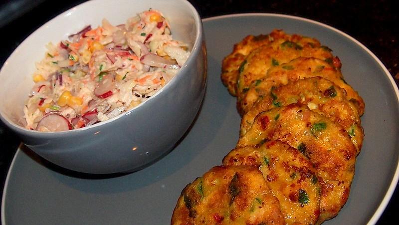 Kuřecí placky se salátem recept